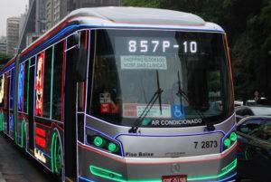 sao-paulo-12-12-2016-xmass-bus-sp