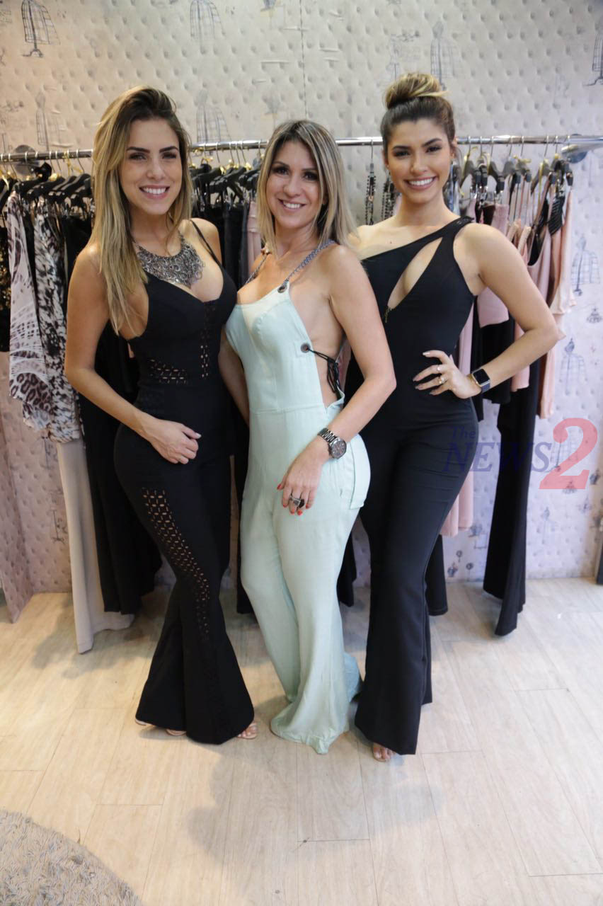 "Ballet Dancers of Domingao do Faustao modeling for ""Liberta Closet"" -Sao paulo"
