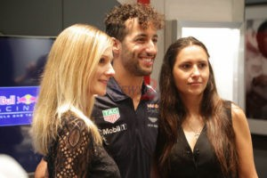 Daniel Ricciardo with Fans